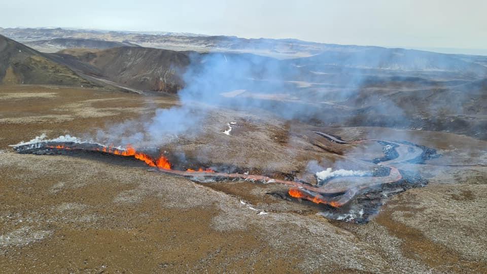 2 new eruption crack
